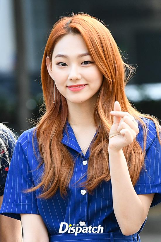 gugudan mina�s pick was orange hair color with blue dress